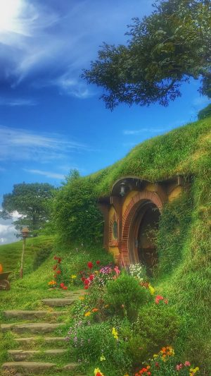 Hobbiton Forest House Fabulous Wallpaper 1080x1920 300x533 - Nature Wallpapers
