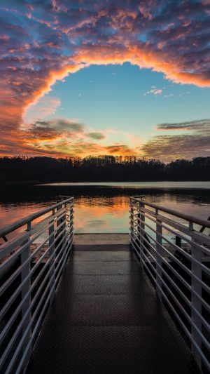 Pier Lake Sunset Wallpaper 1080x1920 300x533 - Nature iPhone Wallpapers